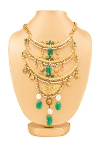 gold-plated-green-layered-necklace