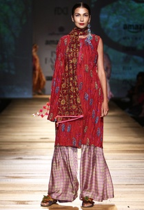 red-one-sleeved-kurta-pastel-pink-sharara