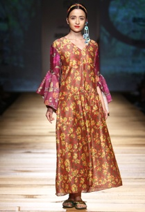 brown-printed-maxi-dress-with-bell-sleeves