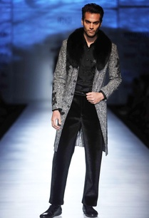 grey-jacket-with-applique-fur-collar