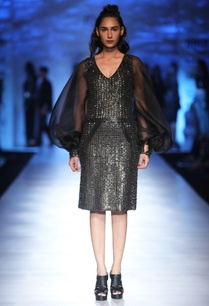 black-sequin-dress-with-balloon-sleeves