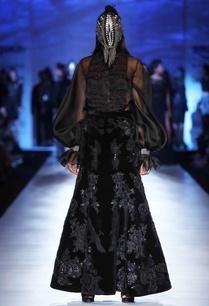 black-velvet-maxi-skirt