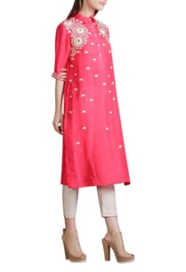 coral-pink-floral-embroidered-kurta