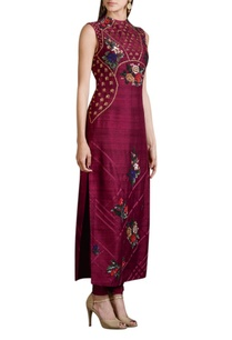 wine-floral-embroidered-kurta-set