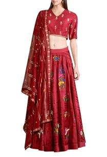 maroon-embroidered-lehenga-set