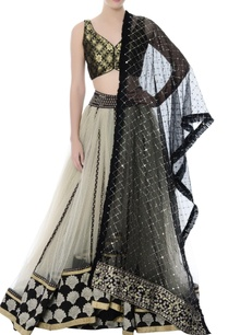 ivory-tulle-lehenga-with-brocade-crop-top-black-dupatta