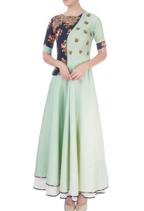 mint-green-maxi-with-printed-patch