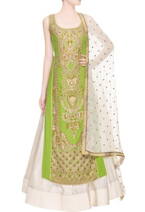 green-embroidered-kurta-set