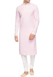 pink-kurta-with-diagonal-pin-tucks