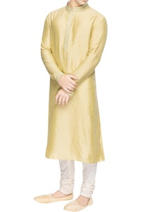 yellow-kurta-with-green-embroidery