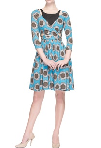 blue-sunflower-printed-dress