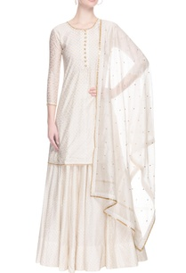 off-white-kurta-set-with-pearl-embroidery