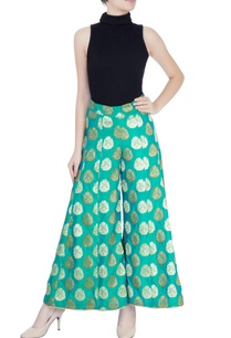 leaf-green-palazzo-pants-with-motifs