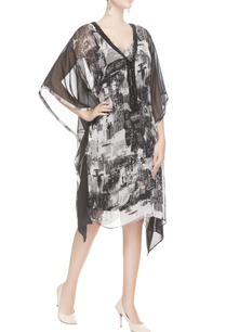 white-black-printed-kaftan