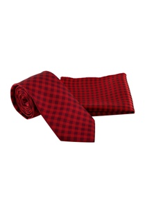 red-black-checkered-tie-with-pocket-square