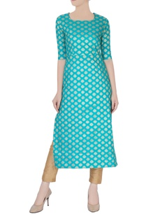 sky-blue-kurta-with-silver-embroidery