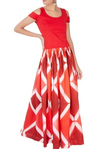 red-crop-top-pleated-skirt