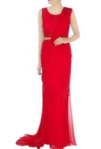 red-sari-gown-with-long-trail
