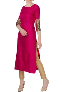 pink-brocade-embroidered-kurta