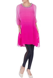 pink-tunic-with-embellished-collar