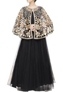 black-embroidered-classic-lehenga