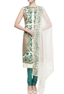 white-floral-kurta-in-scallop-border-set