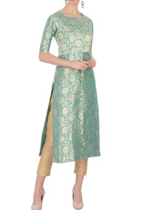 powder-blue-floral-brocade-woven-kurta