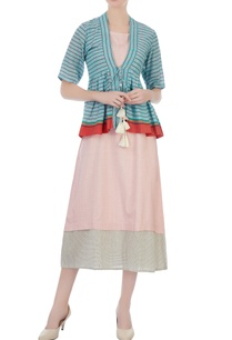 blue-gamcha-jacket-with-pink-check-dress