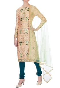 off-white-gota-embroidery-chanderi-kurta-set