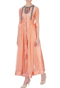 peach-viscose-silk-embroidered-kurta-pants
