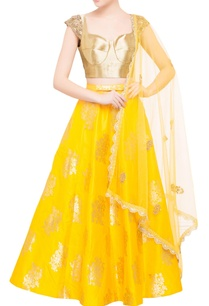 canary-yellow-brocade-lehenga-with-sweetheart-gold-blouse-dupatta