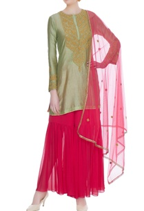 green-chanderi-silk-gota-embroidered-kurta-set
