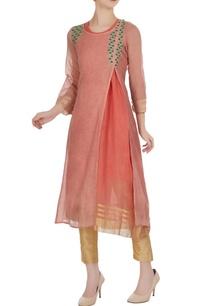 peach-sleeveless-chanderi-jute-kurta-with-outer-layer