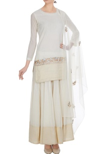 white-cotton-embroidered-short-kurta-with-flared-long-skirt-embroidered-dupatta