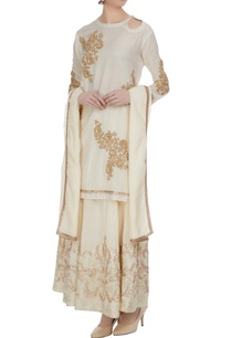 off-white-cotton-embellished-short-kurta-with-beige-chanderi-embellished-skirt-dupatta