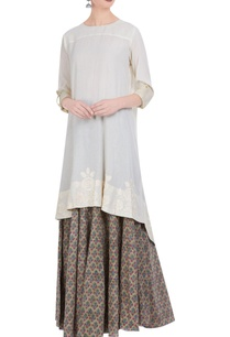 white-embroidered-cotton-kurta-printed-skirt
