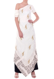 ivory-figure-mural-peeking-one-shoulder-kurta