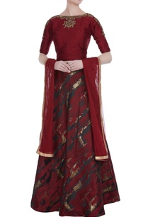 embroidered-cold-shoulder-blouse-with-lehenga-dupatta