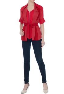 red-collar-shirt-with-zipper-detail