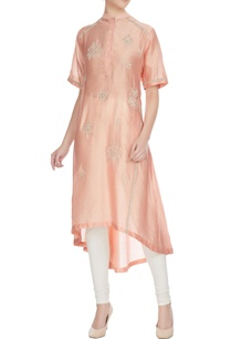 coral-sequin-bead-floral-embroidered-chanderi-kurta