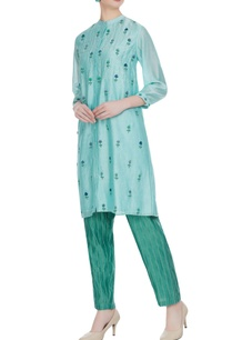 floral-embroidered-tunic-with-stripe-pants