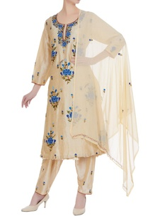 beige-embroidered-kurta-with-pants-dupatta