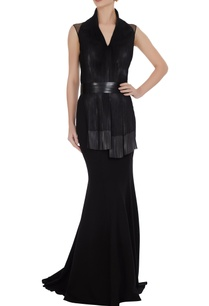 black-silver-luxury-crepe-gown-with-long-trail