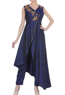 navy-blue-raw-silk-applique-work-asymmetric-kurta-with-pants