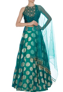 sea-green-halter-style-blouse-with-lehenga-dupatta