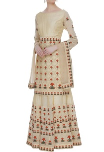 embroidered-kurta-with-skirt-dupatta