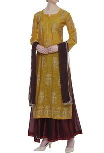 embroidered-long-kurta-set