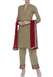 embroidered-kurta-with-pants-and-dupatta
