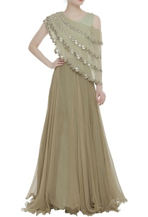 classic-lehenga-with-bustier-mirror-embroidered-cape