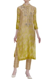 chanderi-tie-and-dye-kurta-with-cutdana-embroidery